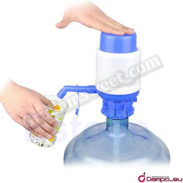 /><br /> Univerzální pumpička na vodu a nápoje + redukce slouží k nalévání vody z velké nešikovné <span style=